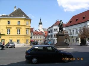 Bécsi-Kapu-Tér -- Wiener-Tor-Platz