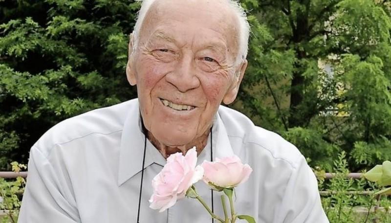 Dr. iur. Felix Schwank